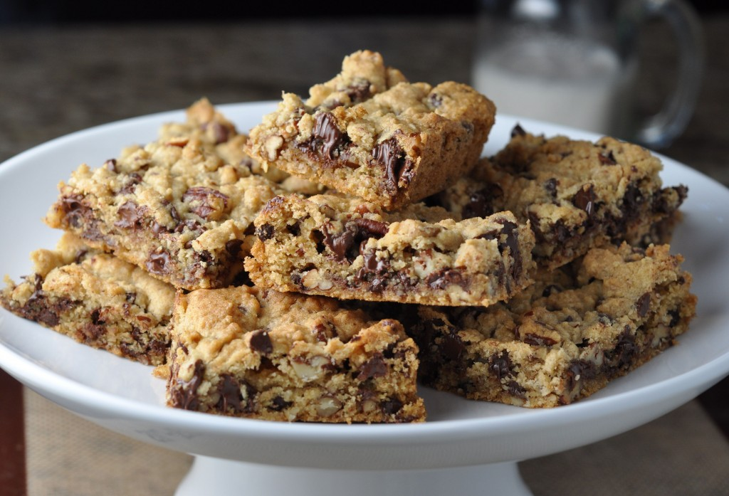 Chocolate Chip & Pecan Cookie Bars | More Sweets Please