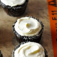 Mocha Cupcakes with Cream Cheese Frosting