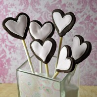 Chocolate Shortbread Heart Pops