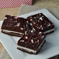 Peppermint Brownie Sandwiches